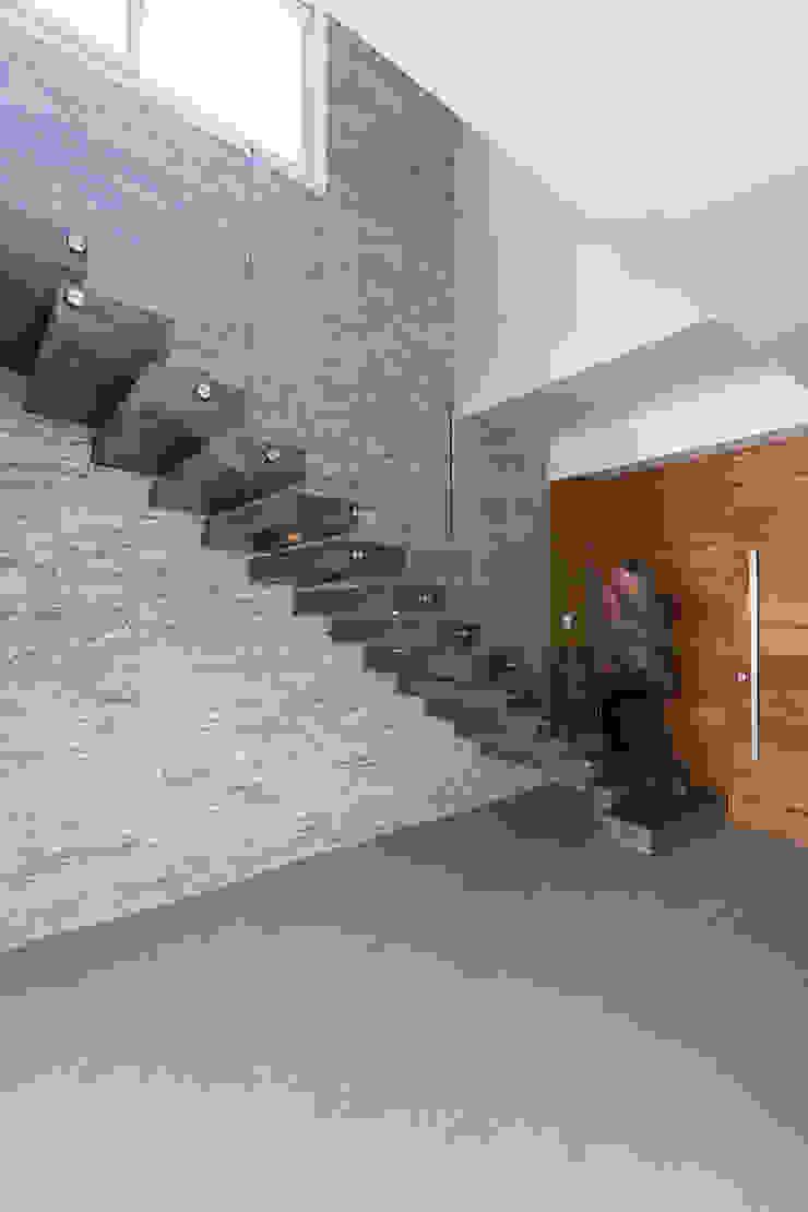 Rabisco Arquitetura Stairs Granite White