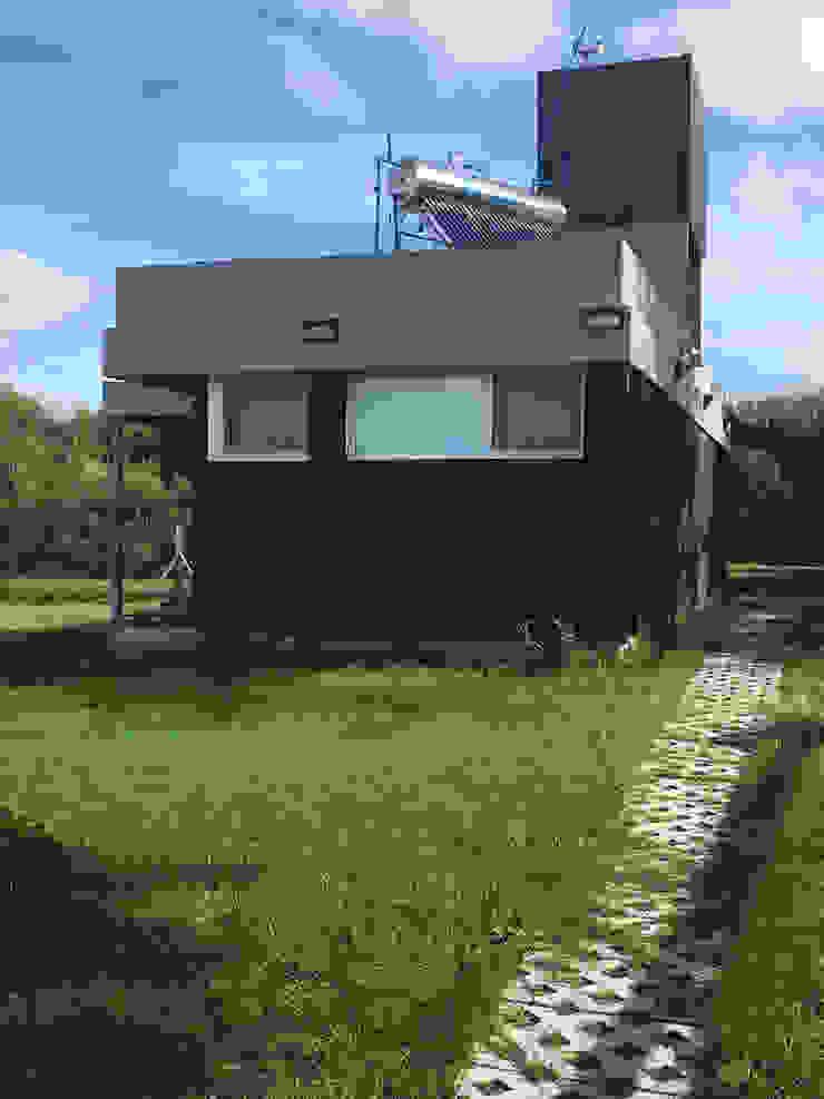 JeremíasMartínezArquitecto Casas ecológicas Metal Negro