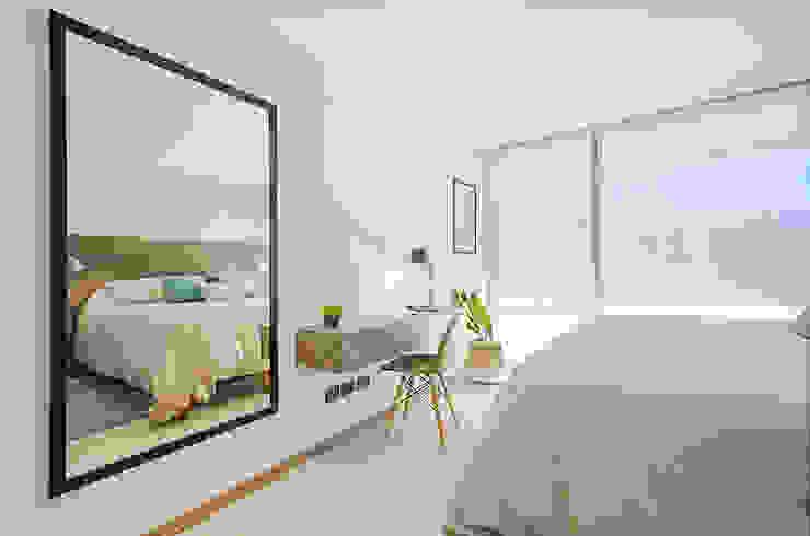 Dormitorio principal: Dormitorios de estilo  por Klover