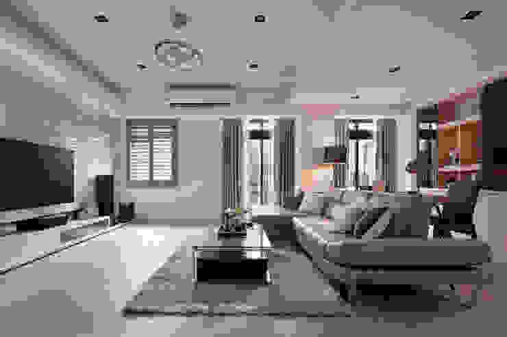 永和 舊翻新 现代客厅設計點子、靈感 & 圖片 根據 星葉室內裝修有限公司 現代風