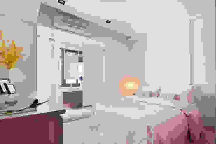Modern Bedroom by 星葉室內裝修有限公司 Modern
