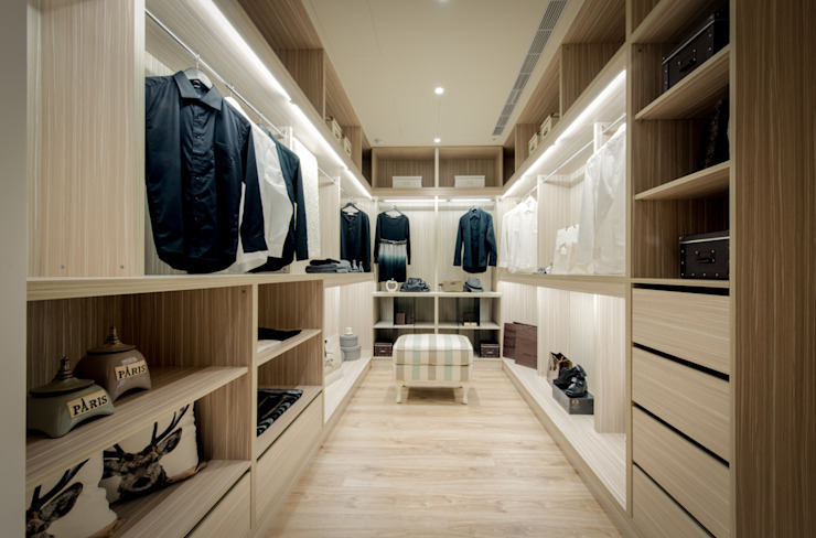 Dressing room by 星葉室內裝修有限公司, Modern