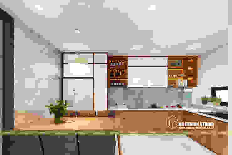 Küchenzeile von UK DESIGN STUDIO - KIẾN TRÚC UK, Modern