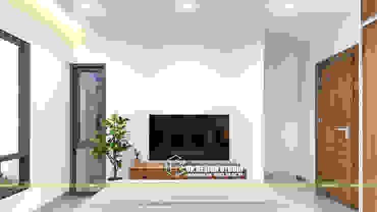 NHÀ PHỐ KẾT HỢP VĂN PHÒNG Phòng ngủ phong cách hiện đại bởi UK DESIGN STUDIO - KIẾN TRÚC UK Hiện đại