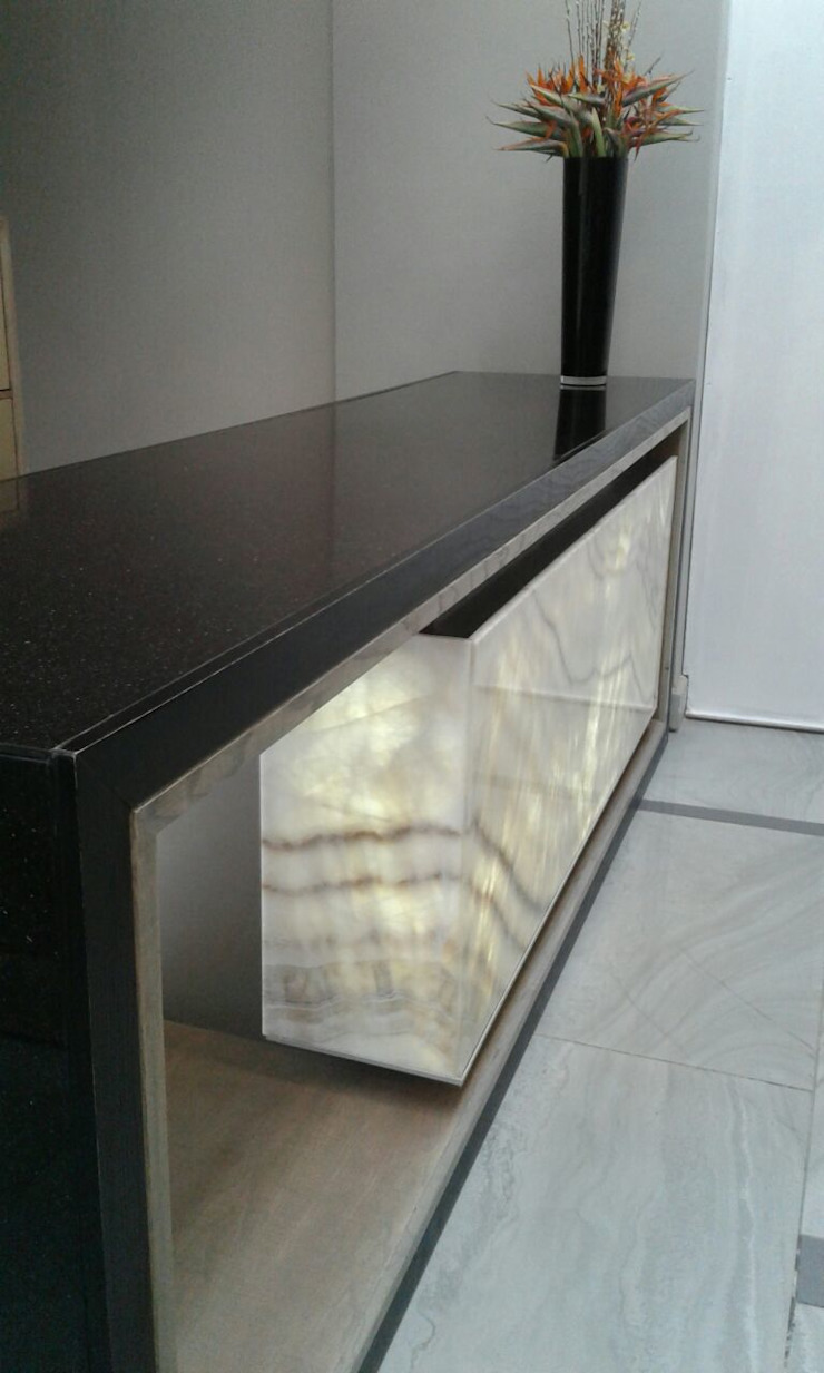 George Petersen Modern Corridor, Hallway and Staircase by Gramatile cc / GMT Granite Modern Granite