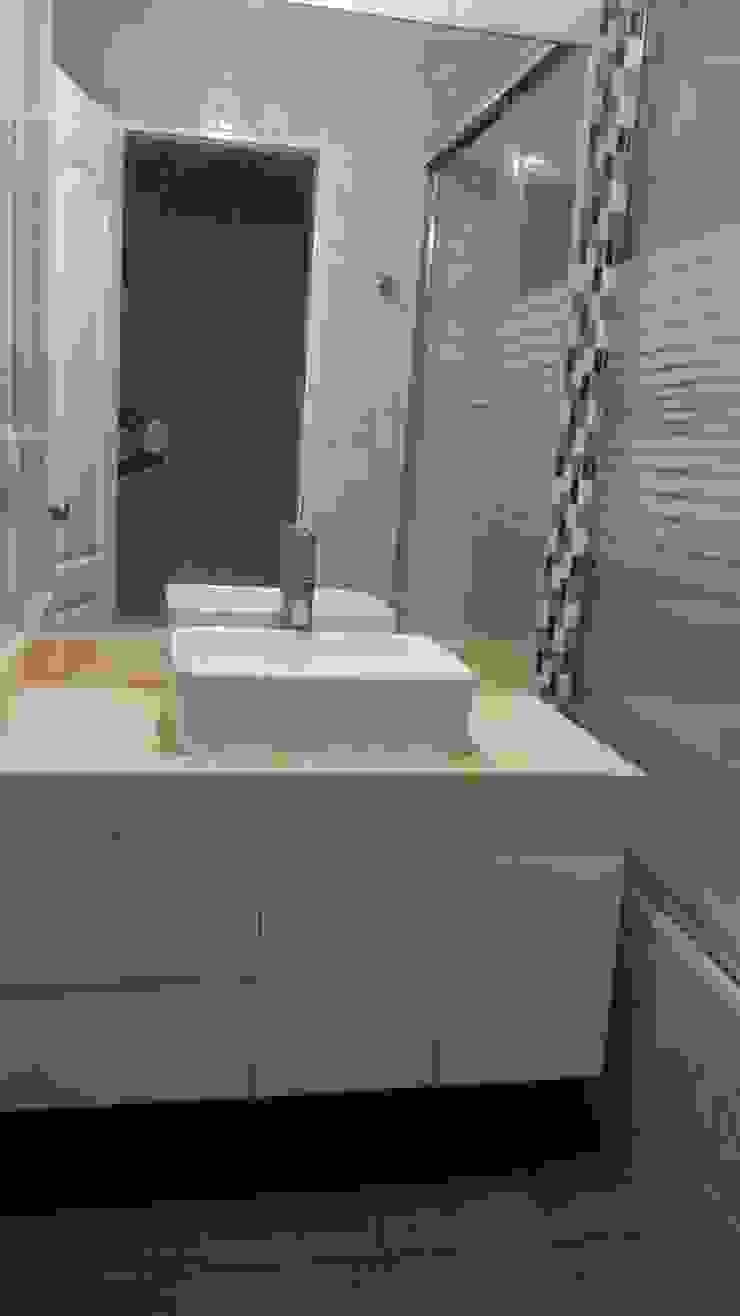 MARSHEL DUART SRL Modern bathroom