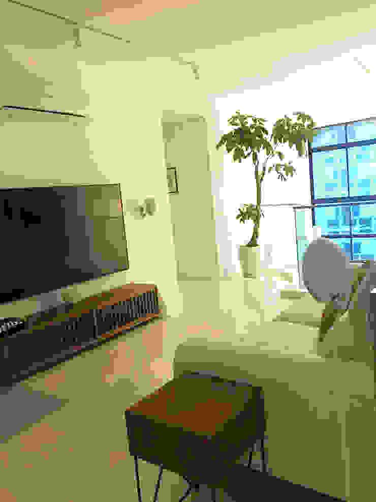 Scandinavian Luxury Scandinavian style media room by Singapore Carpentry Interior Design Pte Ltd Scandinavian
