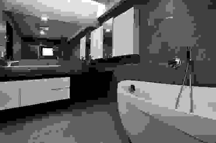 室內設計 東方帝國 SC House 根據 黃耀德建築師事務所 Adermark Design Studio 簡約風