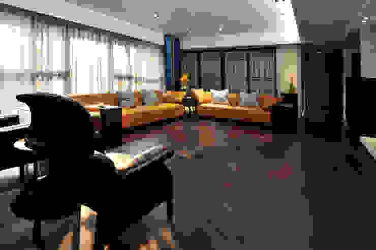 室內設計 市政廳 HL House 根據 黃耀德建築師事務所 Adermark Design Studio 簡約風