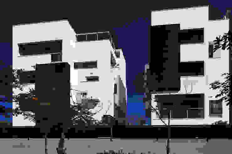 建築設計+室內設計 白居31 LC House 根據 黃耀德建築師事務所 Adermark Design Studio 簡約風