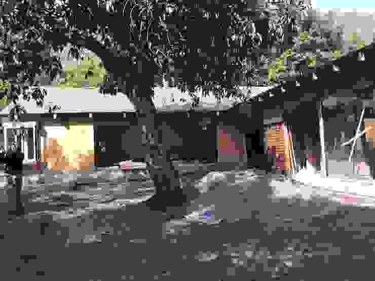 Casa Lavin Gonzalez Casas de estilo rural de ATELIER3 Rural