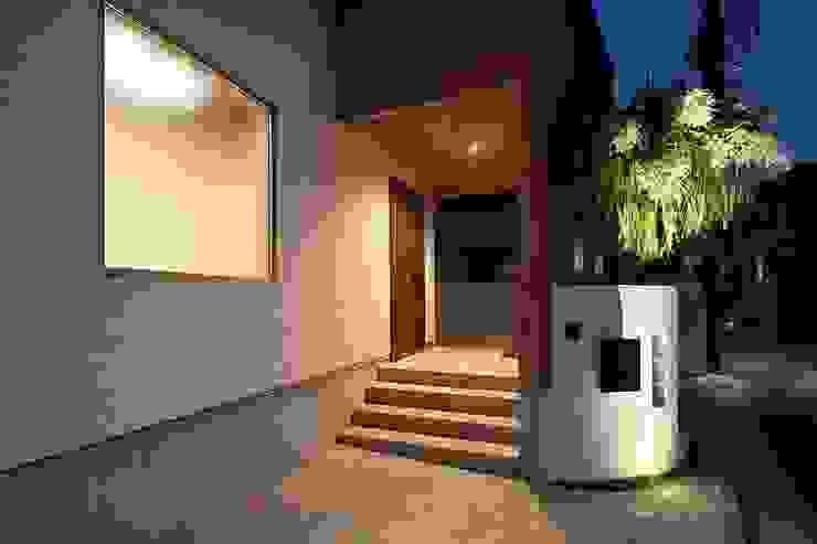 PROSPERDESIGN ARCHITECT OFFICE/プロスパーデザイン Modern Corridor, Hallway and Staircase