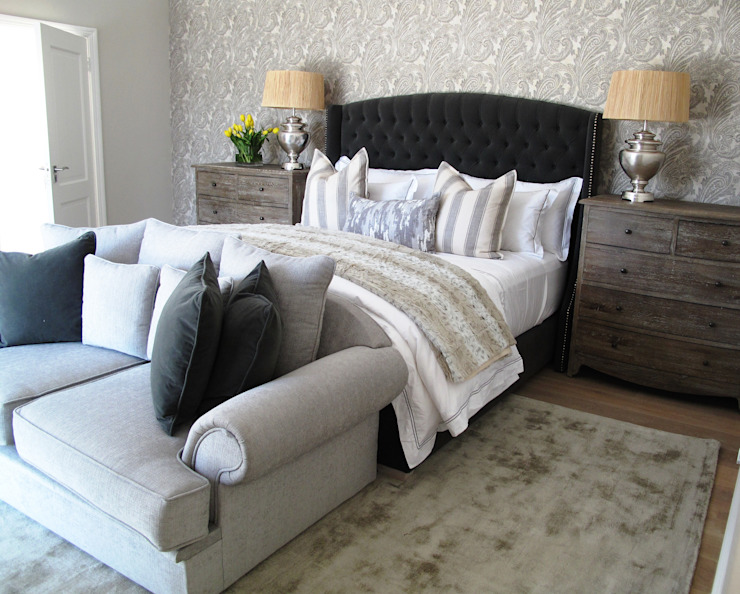Dainfern: classic  by ByDezign Interiors, Classic