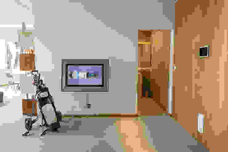modern  door dome4u - domotica -  integração - engenharia, Modern Hout Hout