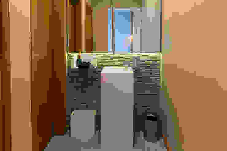 modern  by dome4u - domotica -  integração - engenharia, Modern Wood Wood effect