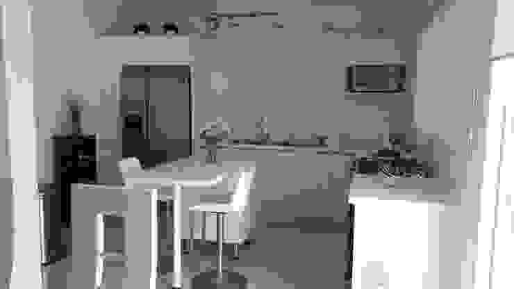 Cocinas CM Cocinas equipadas Aglomerado Blanco