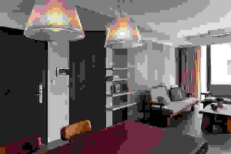 Ruang Keluarga Gaya Rustic Oleh 禾光室內裝修設計 ─ Her Guang Design Rustic