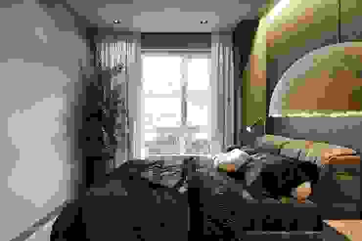 GYLLENHAAL Minimalist bedroom by Tobi Architects Minimalist