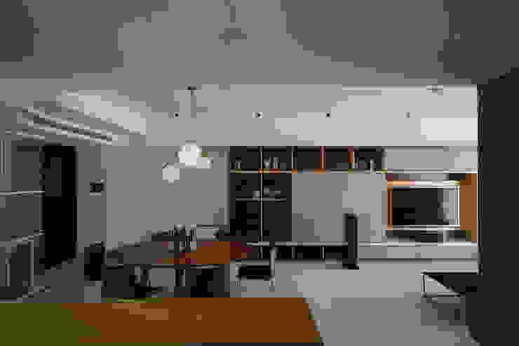 Minimalistische Wohnzimmer von 直方設計有限公司 Minimalistisch Marmor