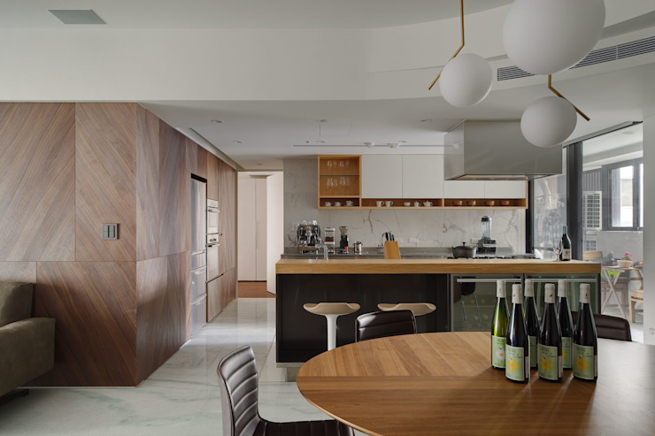 Minimalist dining room by 直方設計有限公司 Minimalist Wood Wood effect