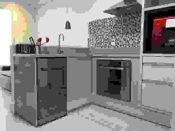 3JP Engenharia Kitchen units Ceramic Beige
