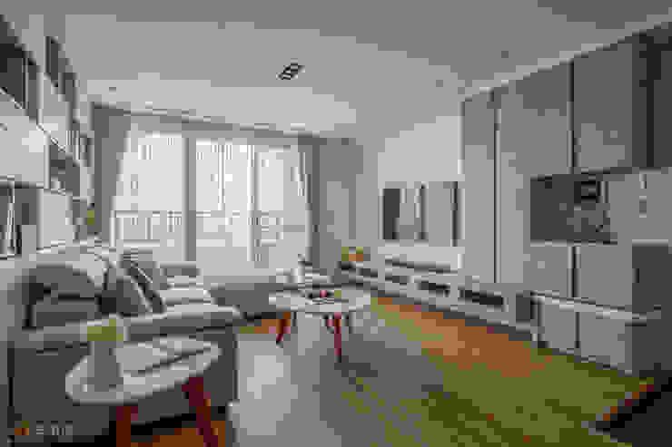 宜蘭-歡歡喜喜建案(住宅設計) 在家空間設計 现代客厅設計點子、靈感 & 圖片