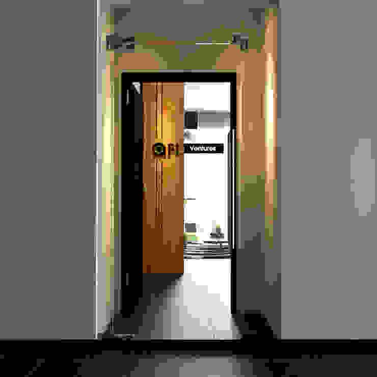 Main Entrance Norm designhaus Scandinavian style corridor, hallway& stairs