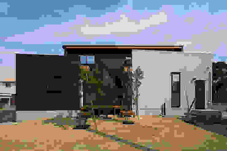 Casas unifamiliares de estilo  por yuukistyle 友紀建築工房, Moderno