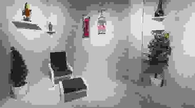 Ruang Keluarga Minimalis Oleh بيت الإباء Minimalis Keramik