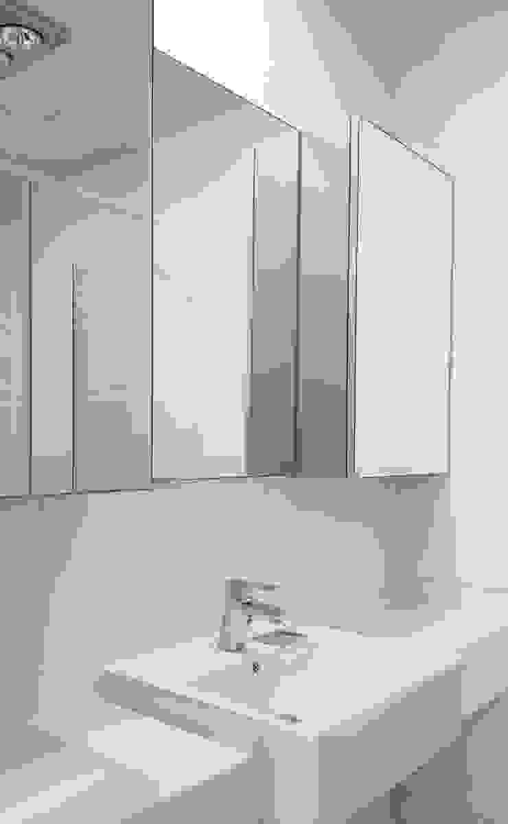 두산 위브더스테이트 45평형 모던스타일 욕실 by 디자인모리 모던