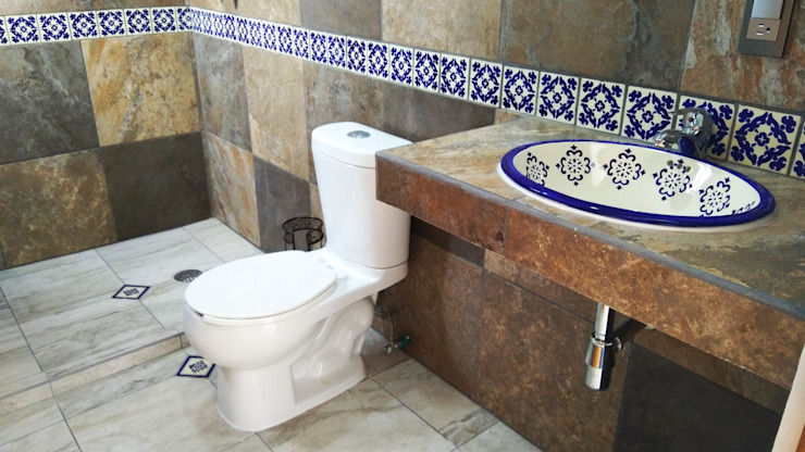 Colonial style bathrooms by Itech Kali Colonial Ceramic