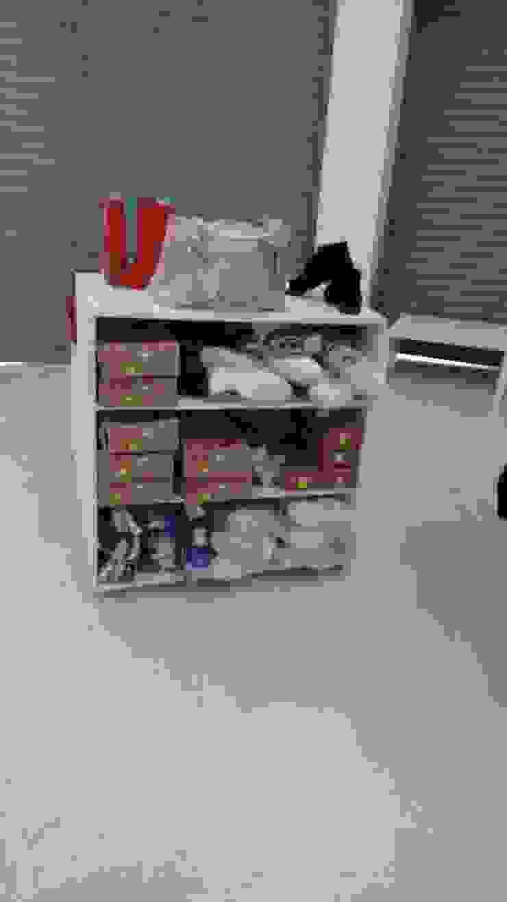 diseño de muebles almacén de la Ceja- Antioquia de JAGCARMONA Minimalista Aglomerado