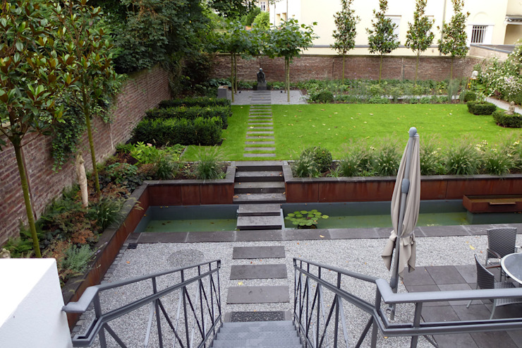 Jardines de estilo moderno de Terramanus Landschaftsarchitektur Moderno