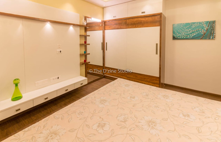3 bhk complete home interiors in Blue Ridge Township ( Pune) The D'zine Studio Modern style bedroom
