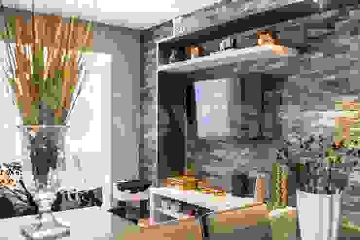 Sala de estar integrada Salas de estar modernas por Revisite Moderno