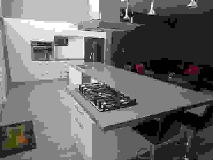 Cocinas luxus cusine design CocinaMesas, sillas y bancos
