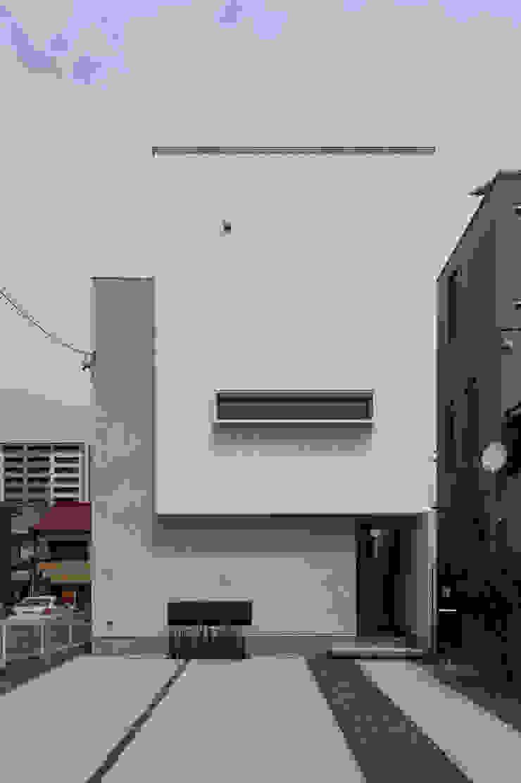 by yuukistyle 友紀建築工房 Modern