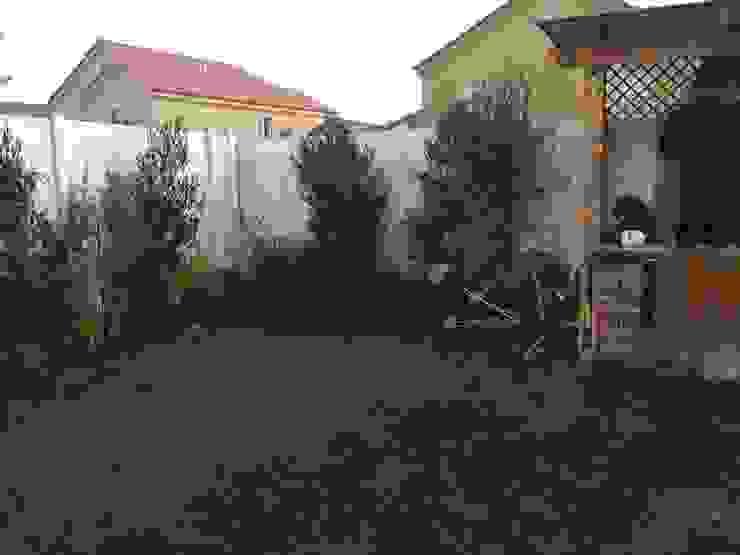 Jardín particular Chicauma Jardines de estilo rústico de Agroinnovacion paisajismo sustentable Rústico