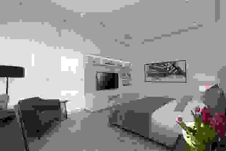 Carlos De La Rosa Modern style bedroom