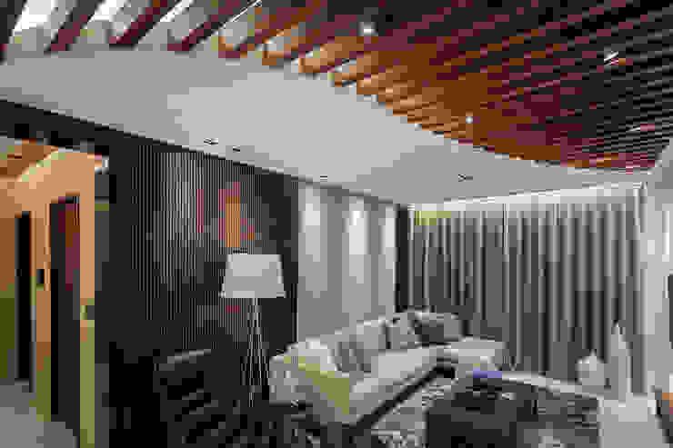 Projekty,  Salon zaprojektowane przez 王子華設計工作室