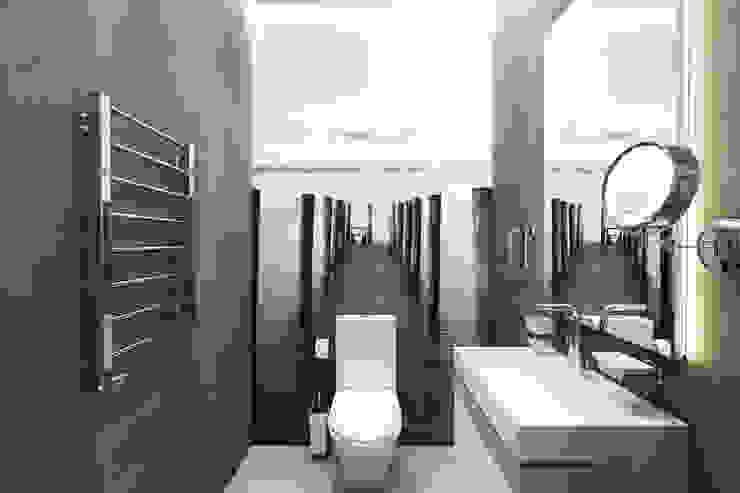 Дизайн-проект загородного дома в пос. Рождествено Ванная комната в стиле минимализм от Style Home Минимализм