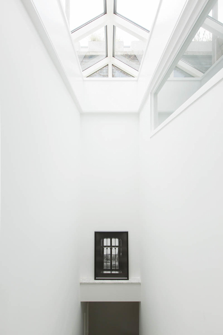 dakraam t.b.v. extra lichtopbrengst in trappenhuis van StrandNL architectuur en interieur Modern