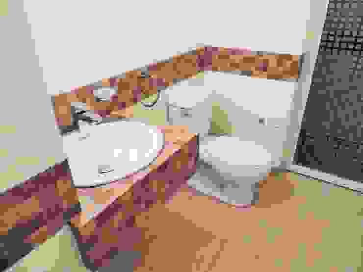 Casa Helena | 2015 Baños minimalistas de DOOR Arquitectos Minimalista