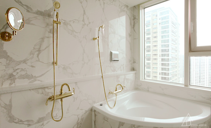 Classic style bathroom by 디자인 아버 Classic