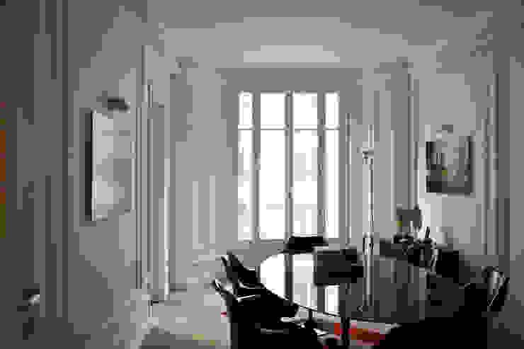 Cabinet d'avocats - Salle de réunion A comme Archi Espaces de bureaux modernes Blanc