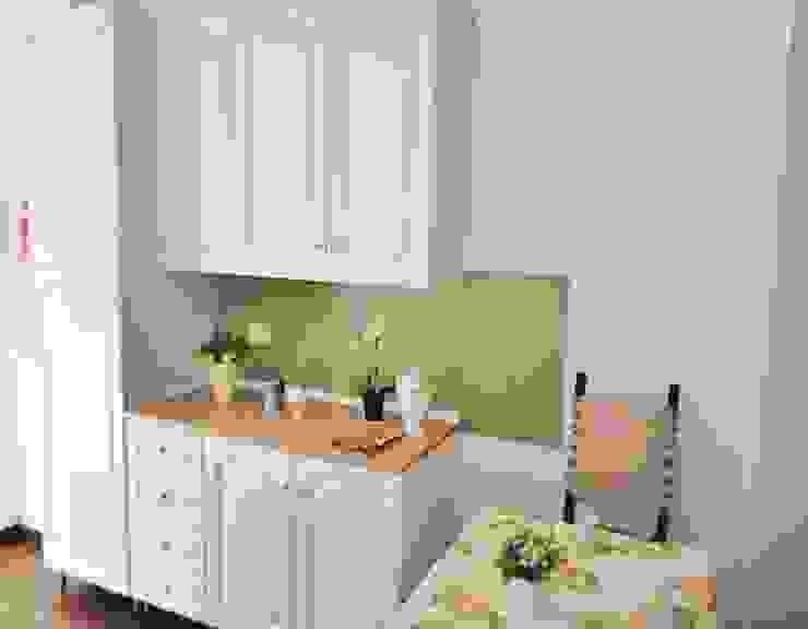 COSTRUZIONI ROMA SRL Built-in kitchens Wood Green