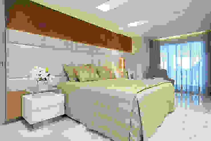 Modern style bedroom by RI Arquitetura Modern