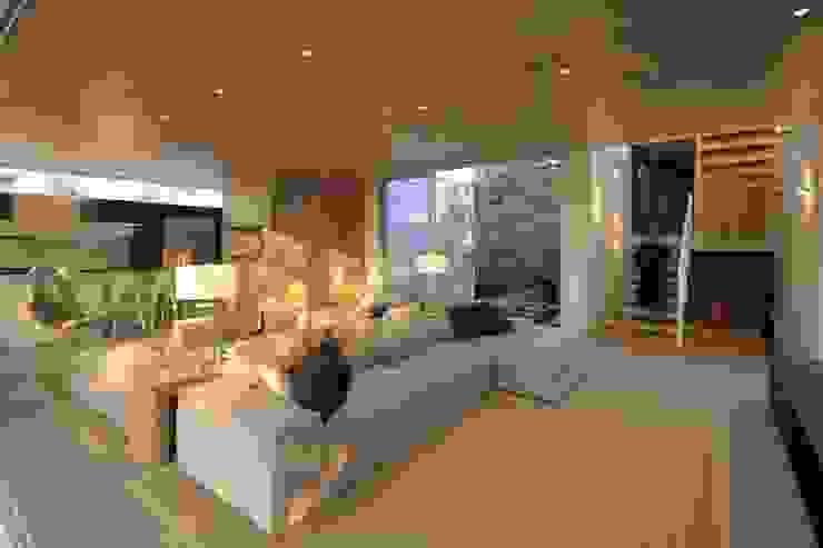 KSG HOME STUDIO Salones modernos de Hernandez Silva Arquitectos Moderno