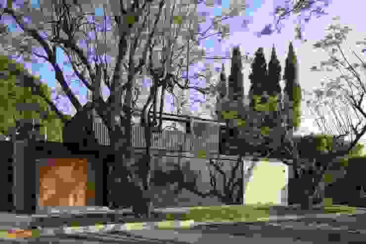 現代房屋設計點子、靈感 & 圖片 根據 Hernandez Silva Arquitectos 現代風
