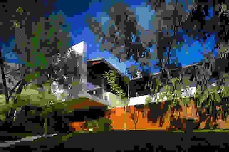 Maisons de style  par Hernandez Silva Arquitectos,